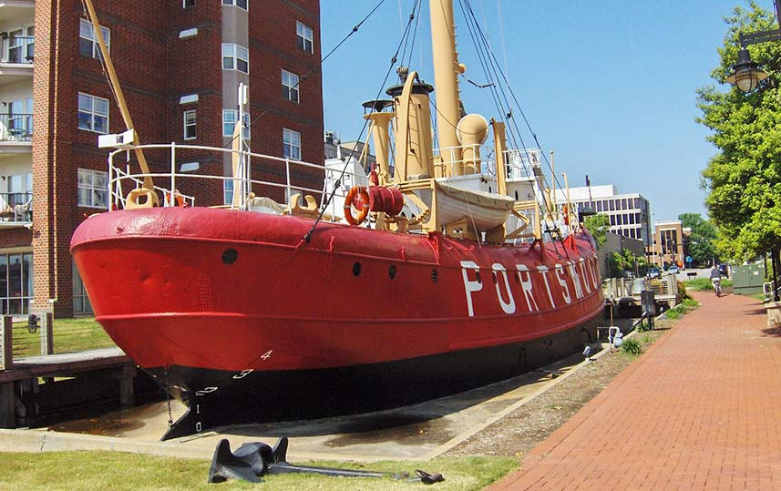 Portsmouth Naval Shipyard and Lightship Museum